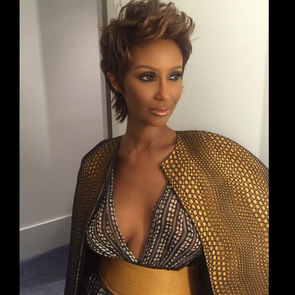 #fbf in @sophietheallet hair @OscarJamesHair makeup @PorscheFabulous using @IMANcosmetics #FashionFriday https://t.co/VyMyfZjpwo