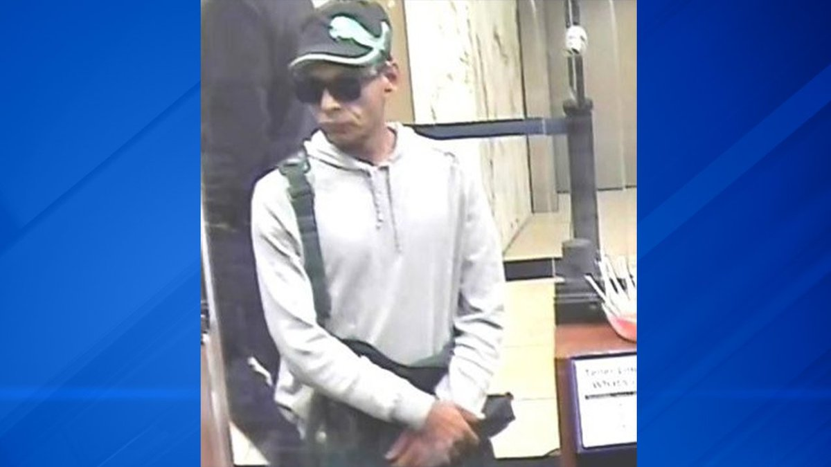 FBI: Berwyn bank robbery was man's second heist in two months