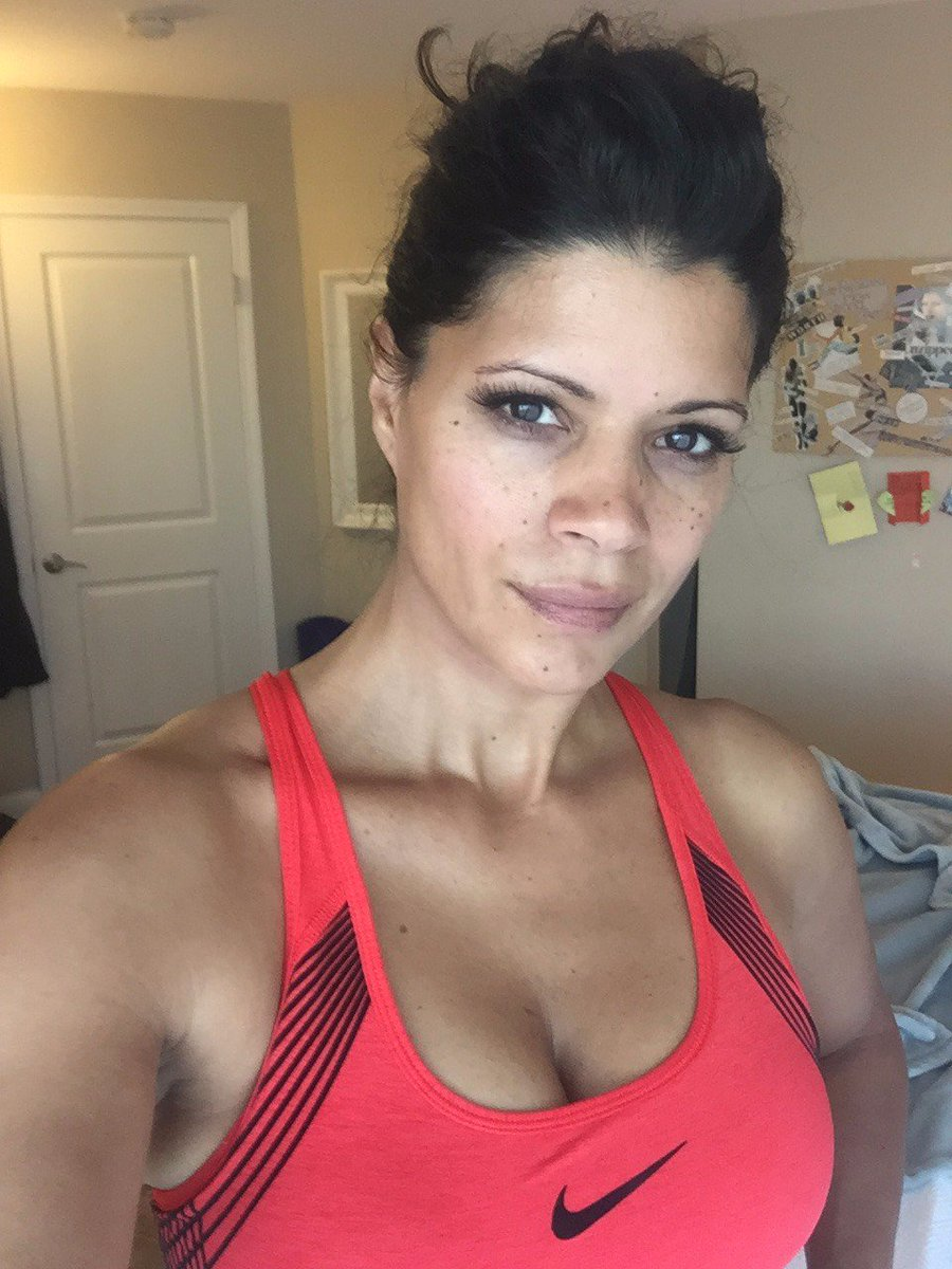 Andrea Navedo nudes (42 photo), Ass, Sideboobs, Selfie, legs 2015