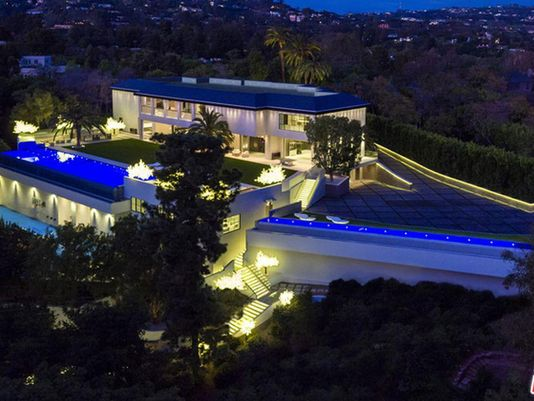 @DetroitPistons owner Tom Gores buys $100M house in Los Angeles