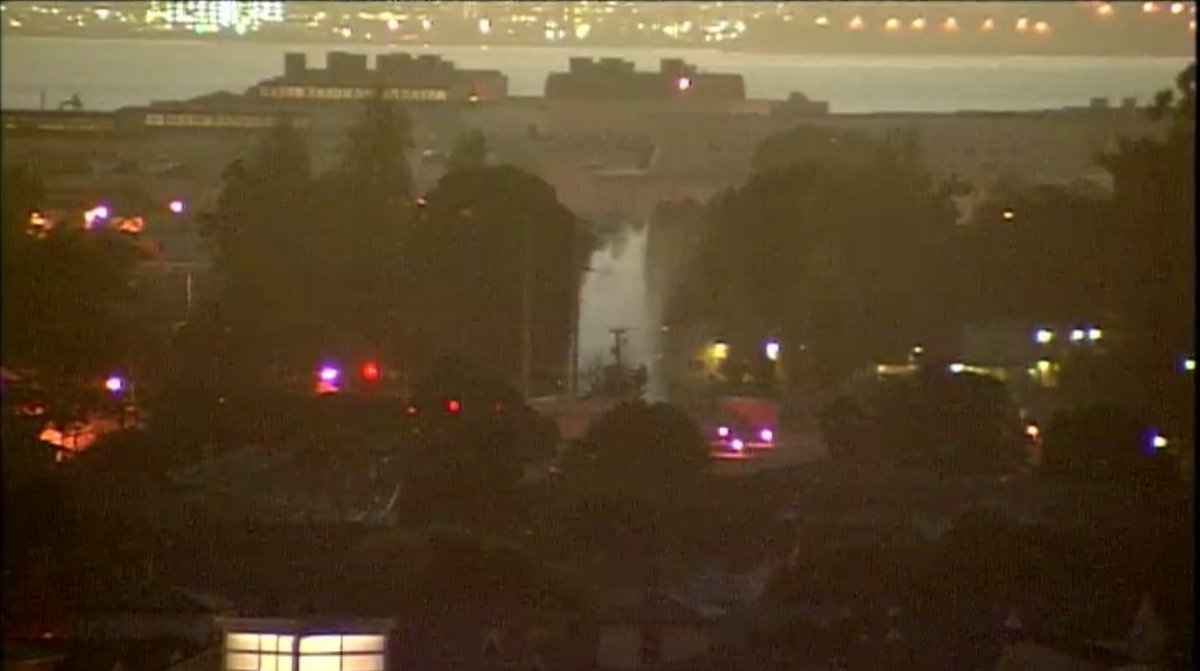 Water shooting into air after water main ruptures in Alameda. LiveVideo