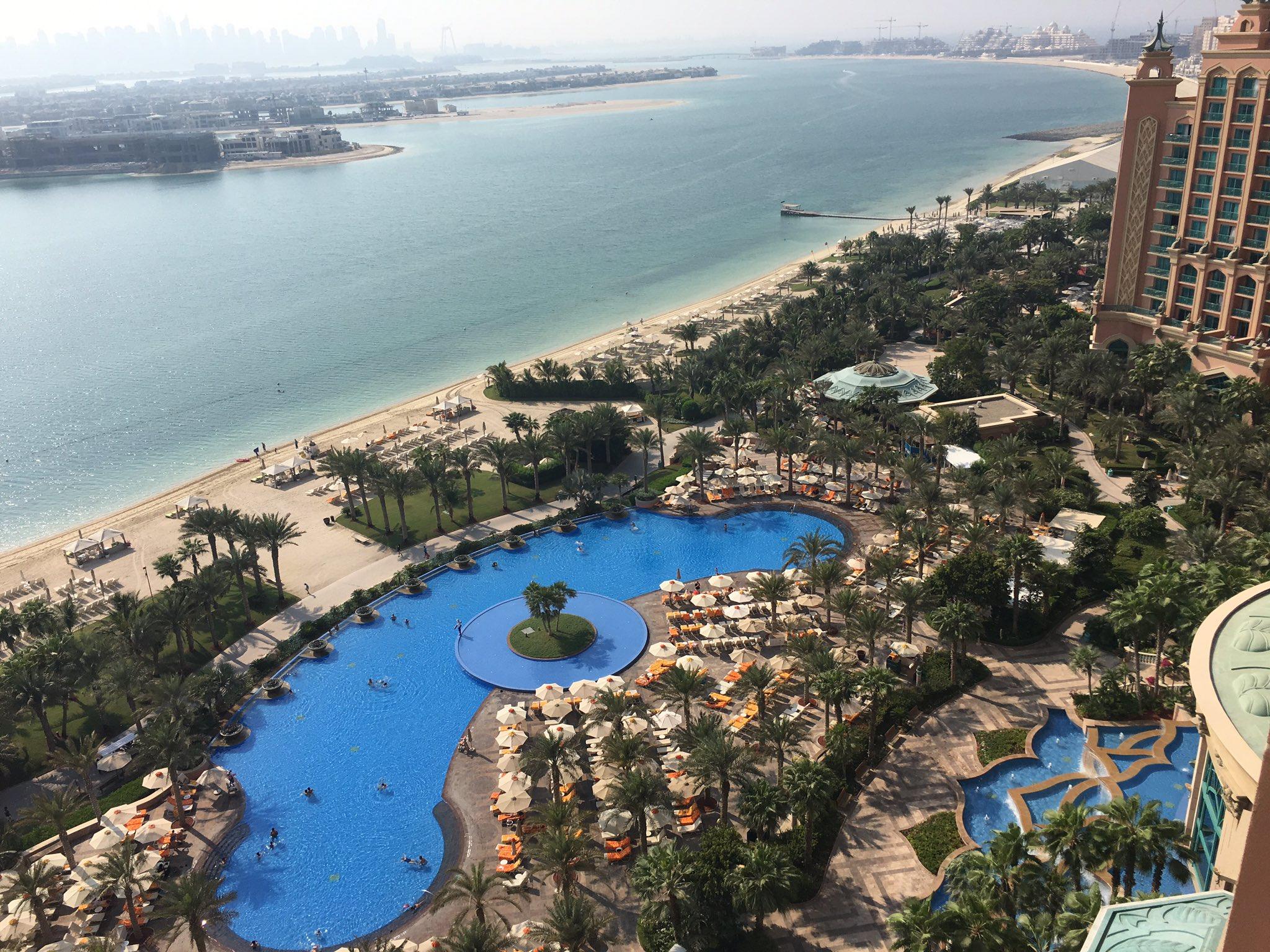 Morning @ATLANTIS #Dubai https://t.co/qZrE7U2wat