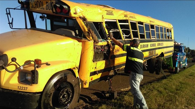 17 students, 2 others taken to hospital after bus crash in Madison Co.