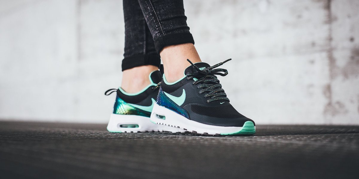 Nike Air Max Thea Green Glow