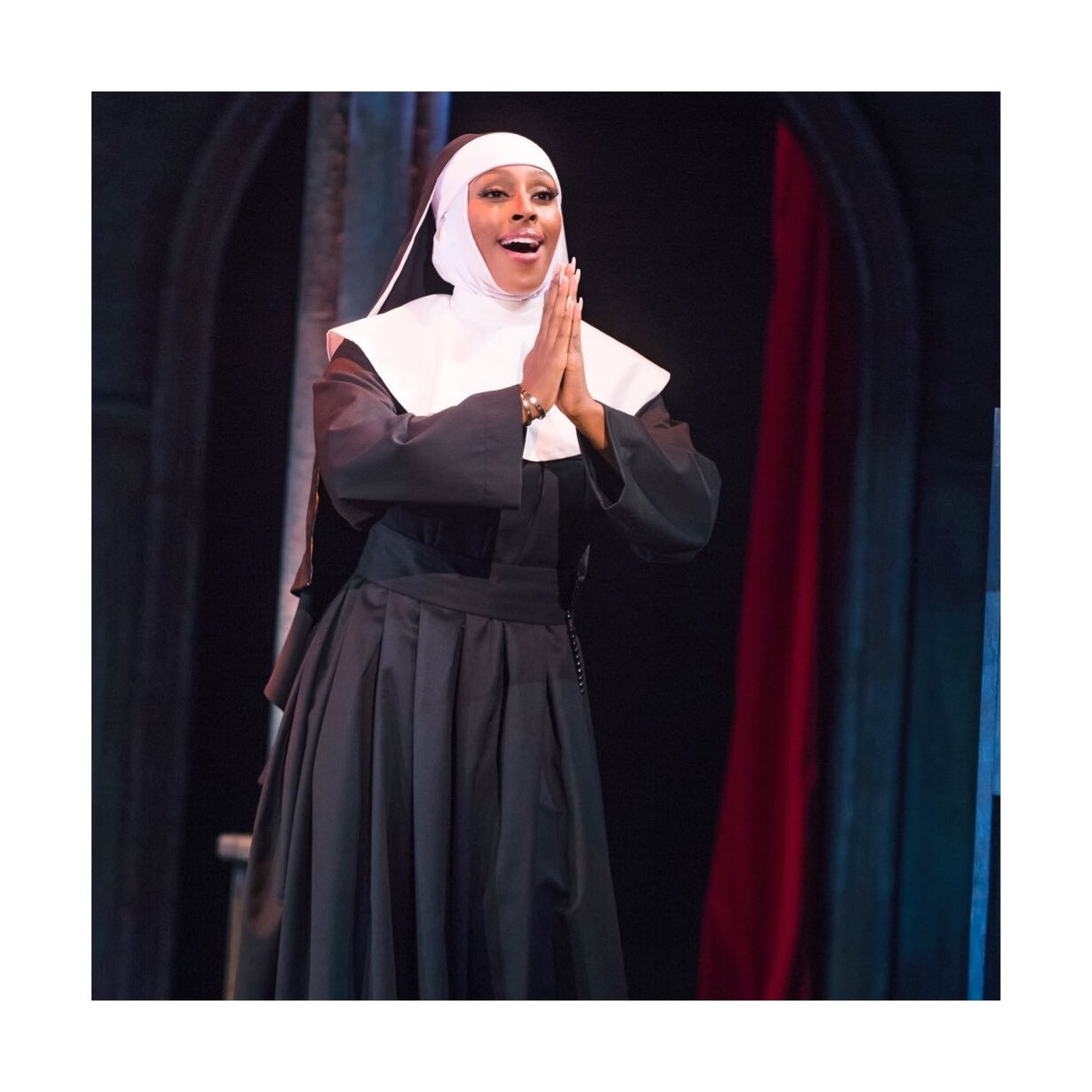 One last show from me tonight @wycombeswan ! What a great week it's been! #SisterActUKTour https://t.co/lZMcWN95QU