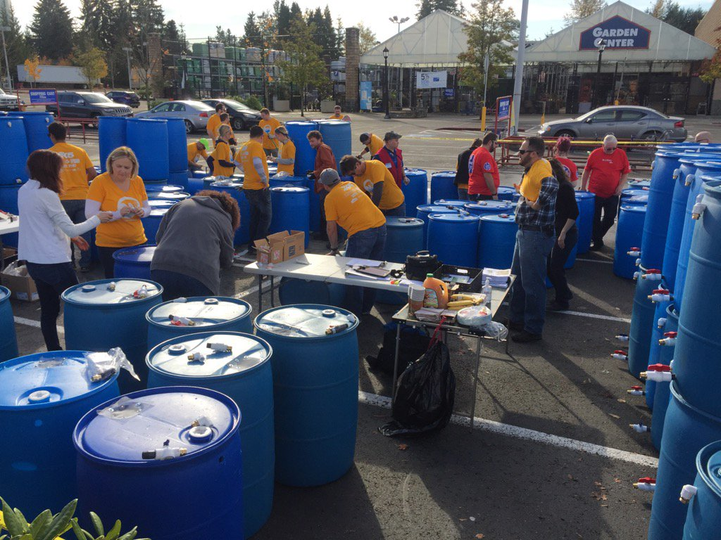 At the Mill Creek Lowe's building rain barrels with my friends. You can buy one beginning at noon! MDDAY