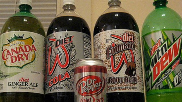 2 diet drinks a day could double risk of diabetes>>