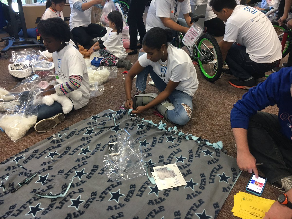 Here's how we're making blankets for mdday
