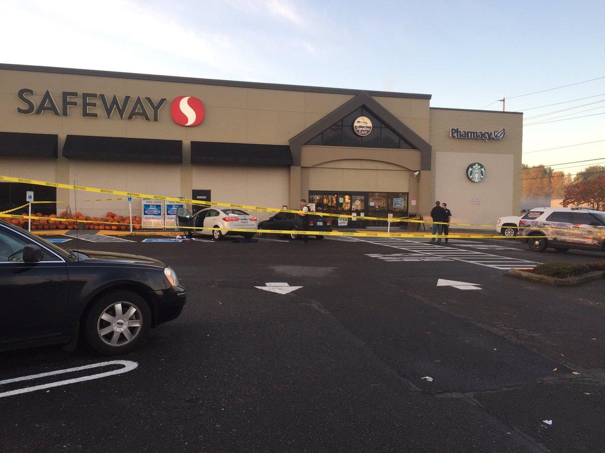 shooting outside Safeway on Portland Ave E TacomaWA @PierceSheriff on scene.