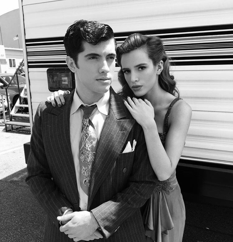 She's got my back @bellathorne @FamousInLoveTV https://t.co/8FWC3eYLVk