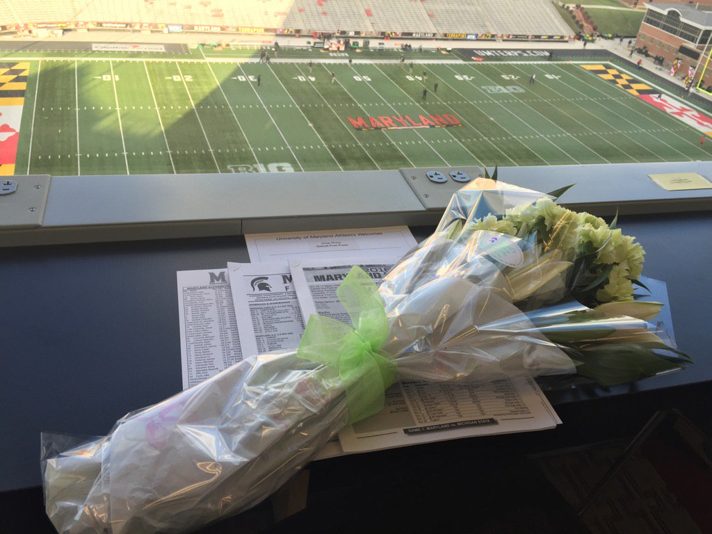 Thanks @umterps for flowers to honor Drew Sharp. Going to be tough sitting next to an empty seat today. @freepsports