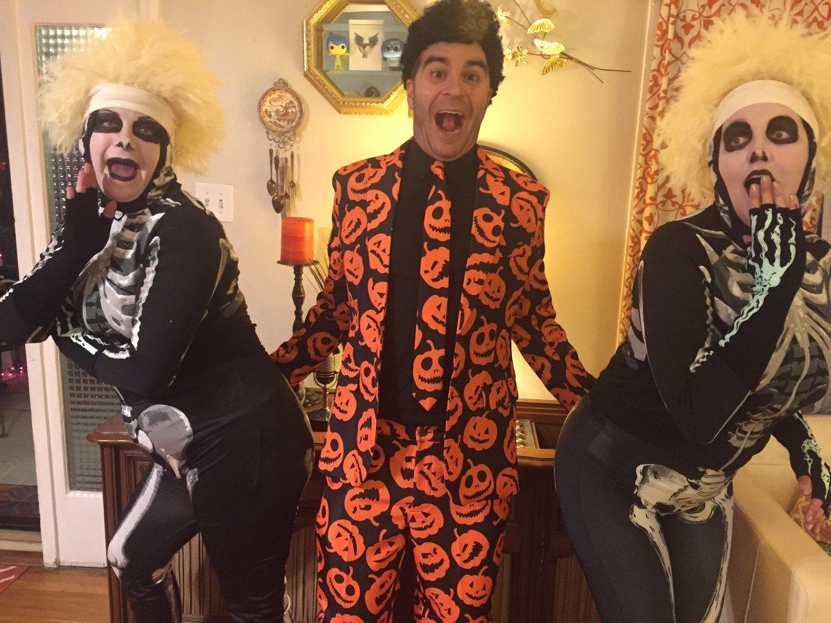 thejimmymartin on twitter thanks tomhanks nbcsnl for the best halloween costume