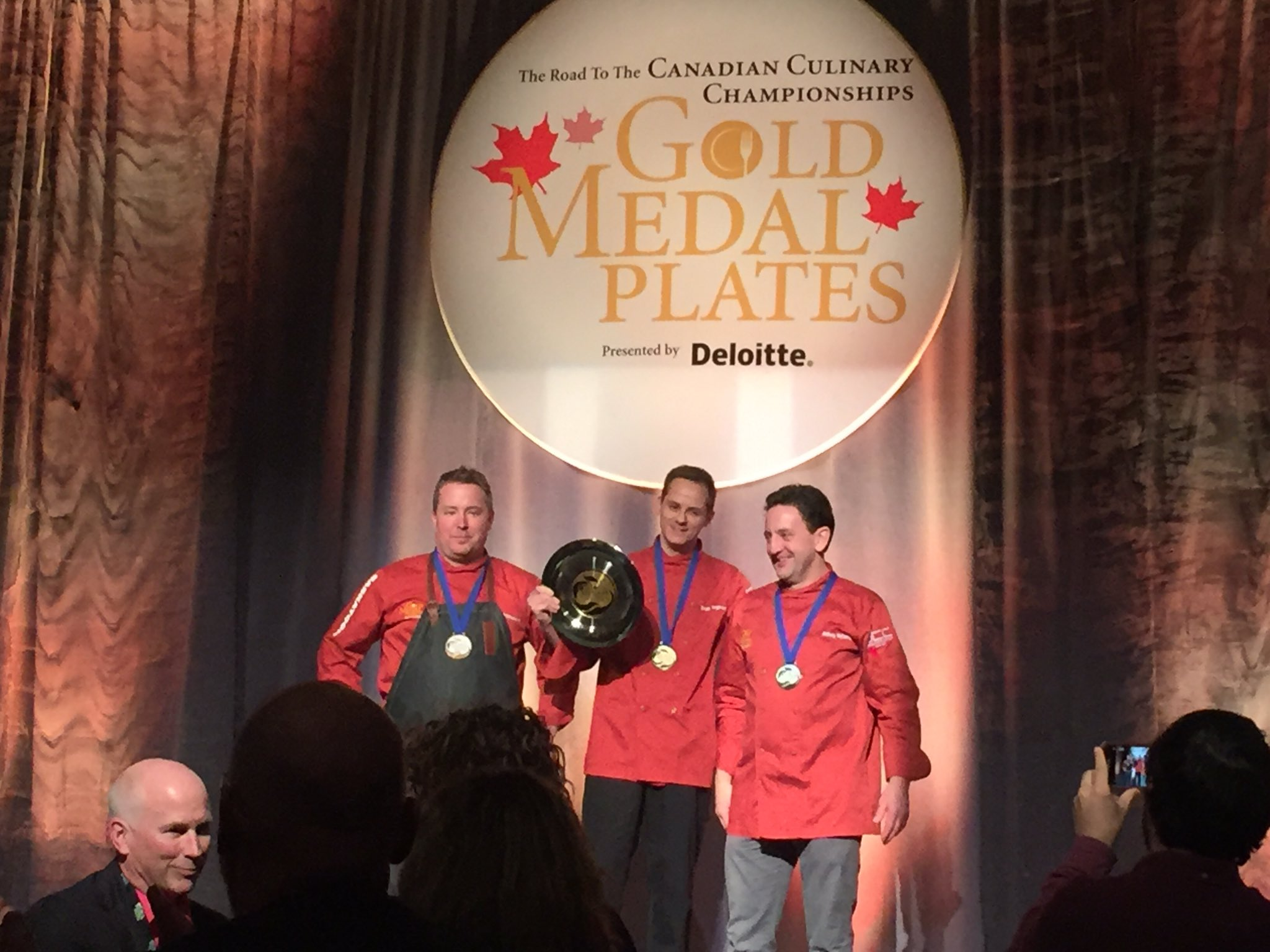 @GoldMedalPlates Chef Scott Torgerson of Aroma Resto Bar & Radison Hotel wins Gold!  @mooncurser wins best wine  in #Saskatoon! #myGMP https://t.co/Wclvv2Qgao