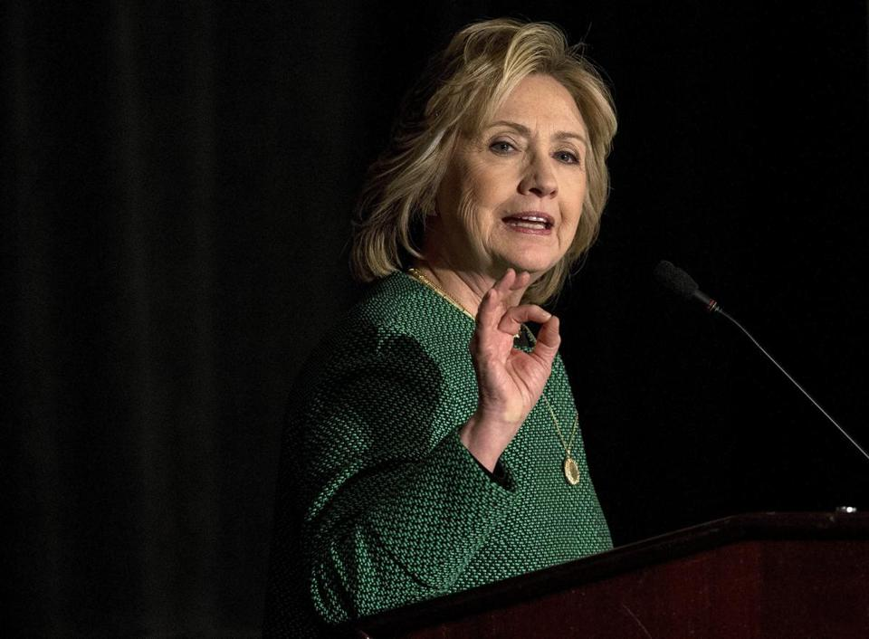 Clinton seeks inroads in red states
