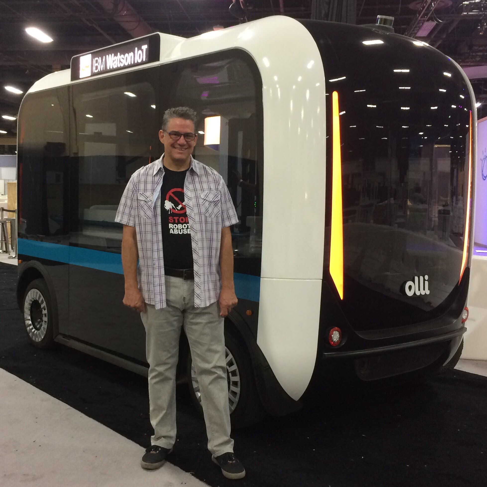 must #meetOlli at #ibmwow Monday 12PM 1743A https://t.co/P0sp99awoG https://t.co/e5YIF3HpOn