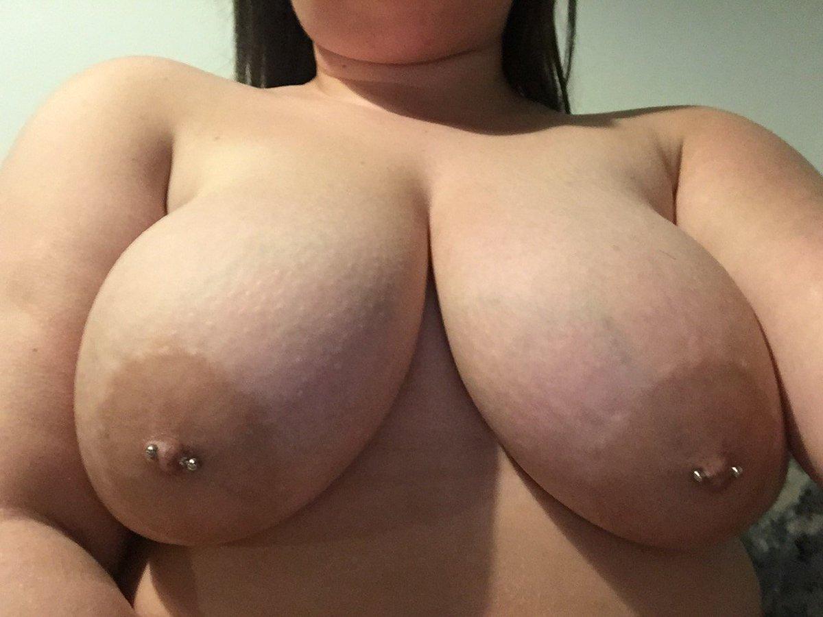Nude Selfie 9087