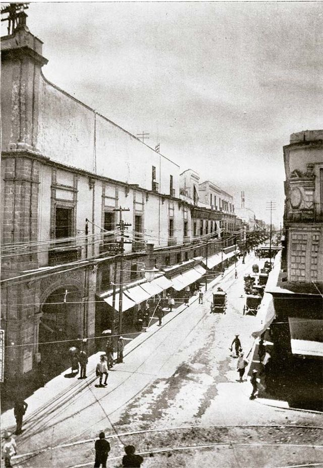 Calle de Monterrilla (hoy 5 de Febrero), Ciudad de México 1900 #CDMX #historia #viveMéxico https://t.co/lbjU3MCIyI