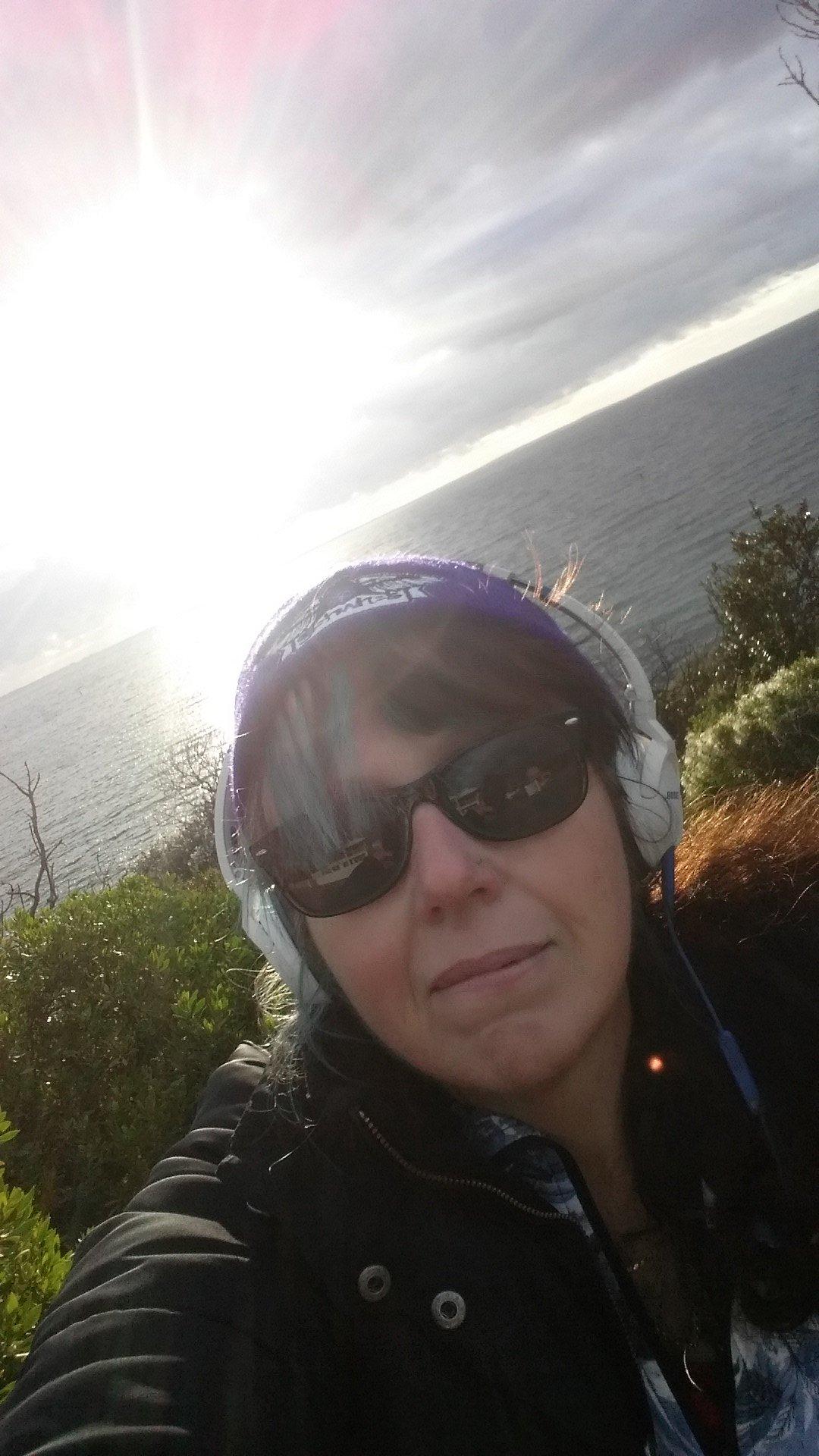 5+km, 68mins later (hey, I was walking & reading & listening at same time ☺) #stepsforkindness done! @RandomActsOrg @mishacollins https://t.co/MgYtoZeCHN
