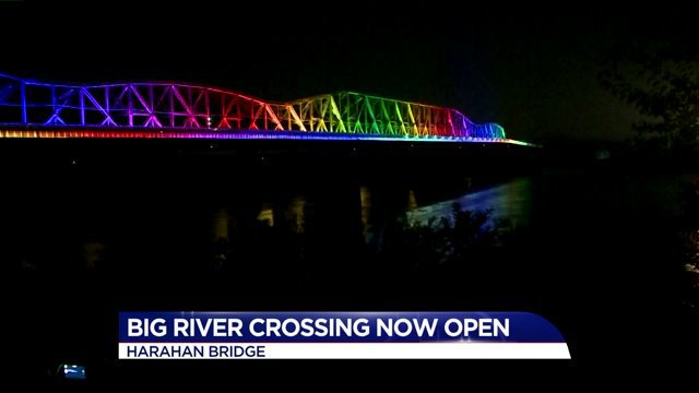 Harahan Bridge lights up as Big River Crossing opens