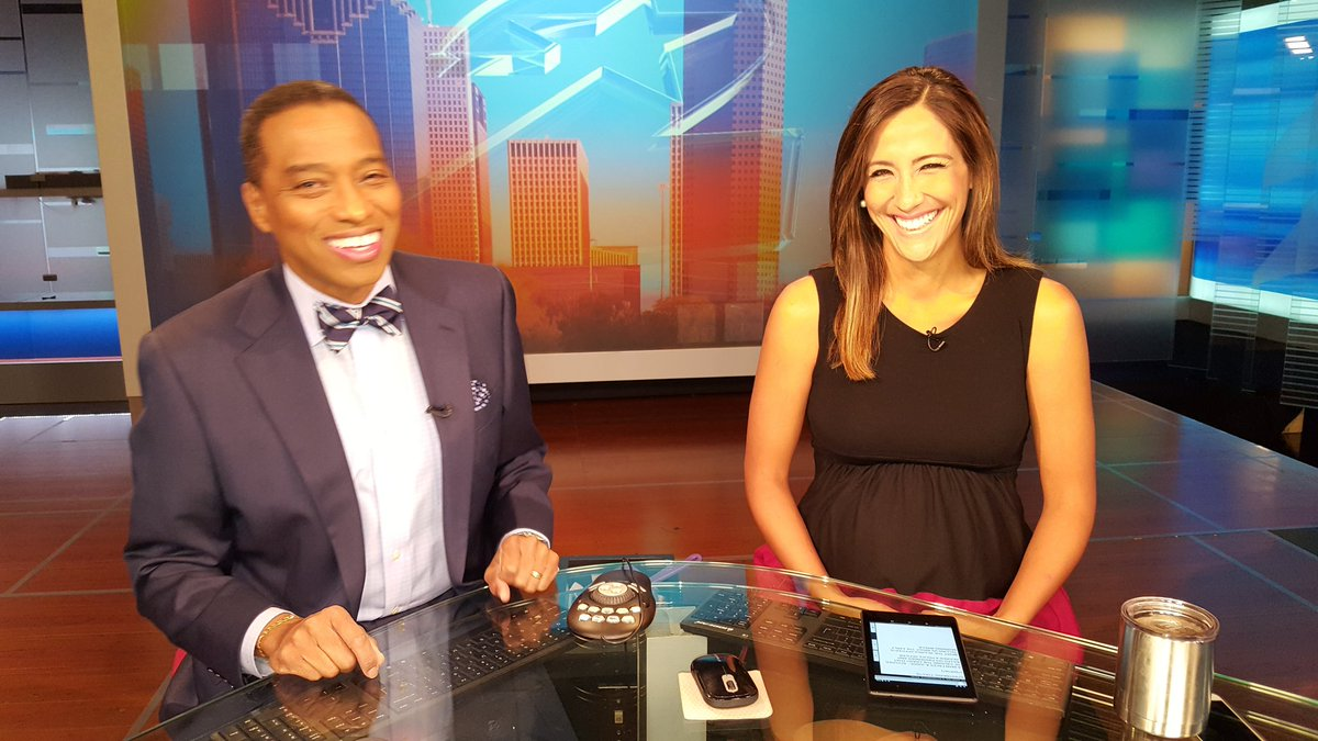It's a great start to Sunday! Join me and @KPRCSofiaOjeda here on @kprc2