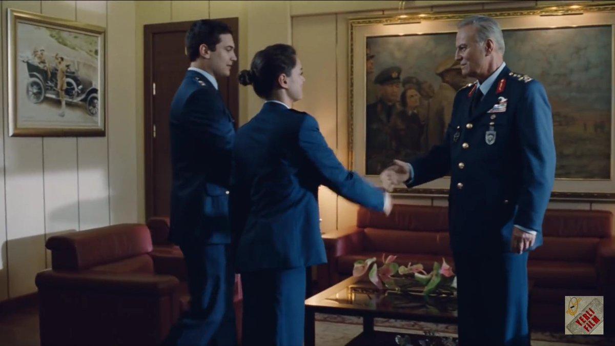 Ediz Hun ve Çağatay Ulusoy 'Anadolu Kartalları' filminde karşılıklı oynamışlardı.