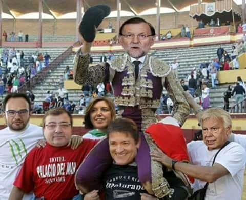Resultado de imagen de Rajoy puerta grande