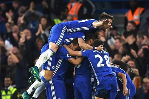 Chelsea ruthlessly pounds Man United in Stamford Bridge