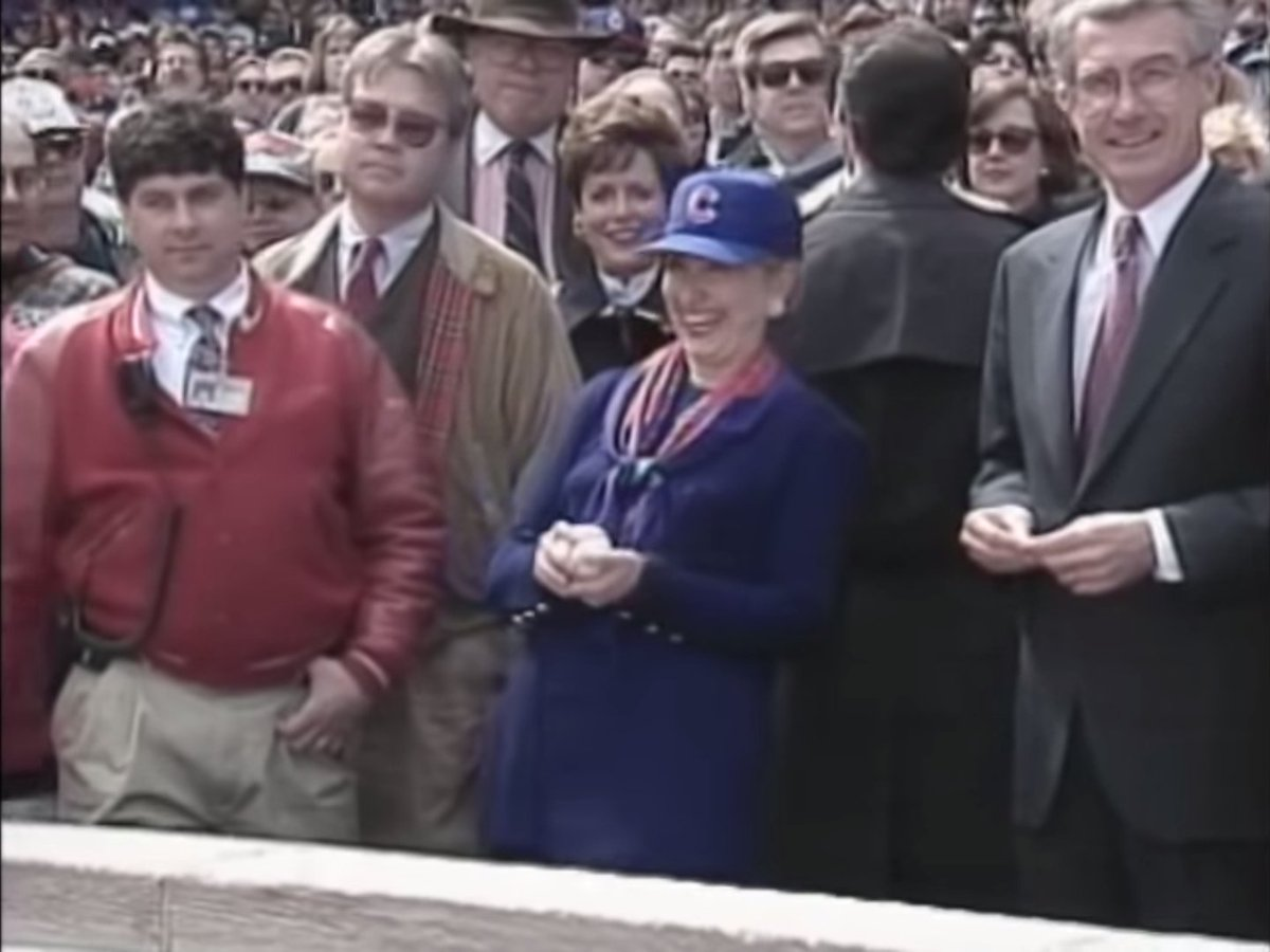 Hillary Clinton savors history: The Cubs are in the World Series