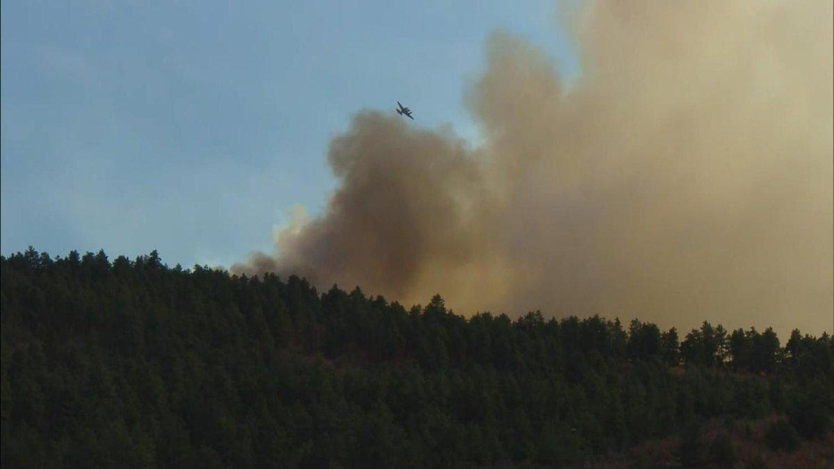 Heat, Wind, Clear Skies Intensify Junkins Fire
