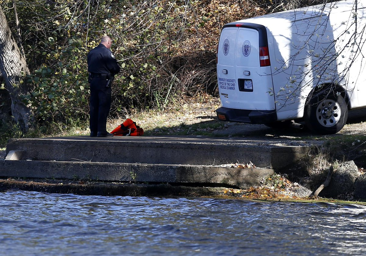 Body of young male is pulled from the Merrimack River