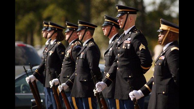 Report: California soldiers must repay enlistment bonuses