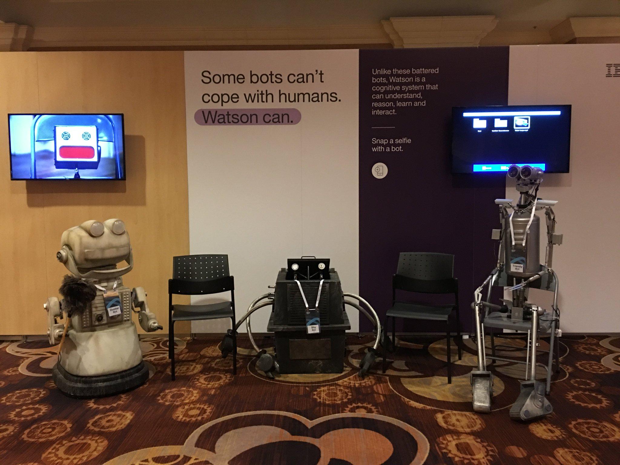 Meet the robots of #IBMWoW. #IoT https://t.co/zAM3u40A5A