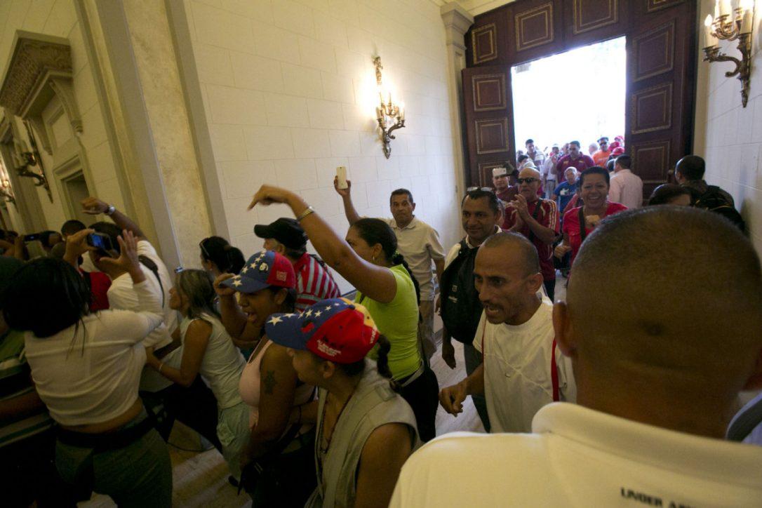 Venezuela Congress declares President Maduro has staged coup
