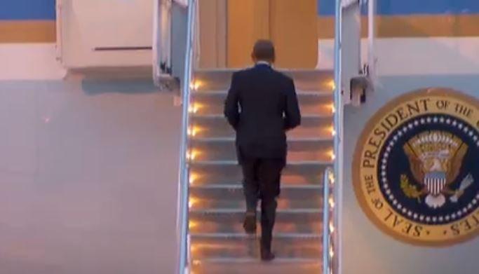 President Obama to leave McCarran Airport on Air Force One8NN