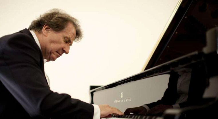 Buchbinder looks back at 65 years of pianism. via @JoshuaKosman