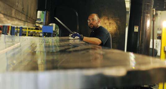 Former auto supplier builds parts for Mars spaceship