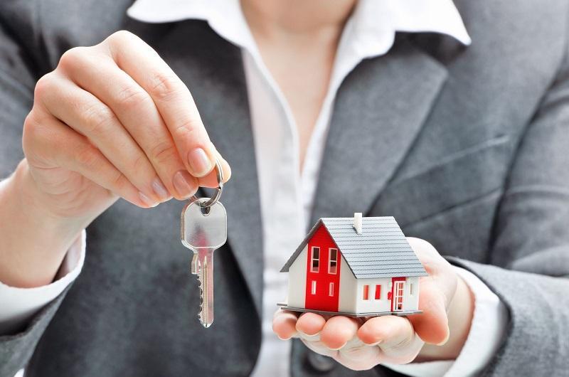 как найти недвижимость человека