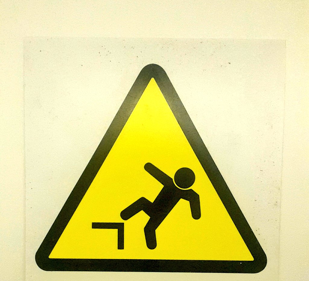 """IKEA ritira in via precauzionale il montante """"ELVARLI"""", rischio caduta"""