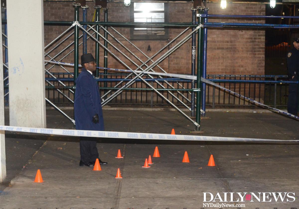 Gunman in wheelchair sought in fatal shooting of man, 28, outside Bronx housing development