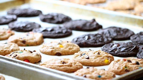 Free cookies! Insomnia Cookies reaches 100 stores