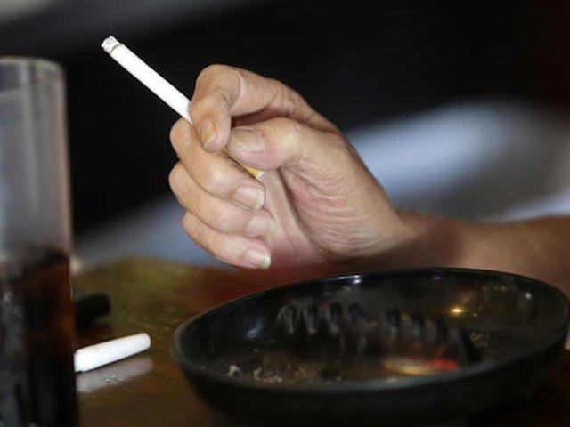 BAD NEWS FOR SMOKERS: One-fourth of US cancer deaths linked with 1 thing: Smoking