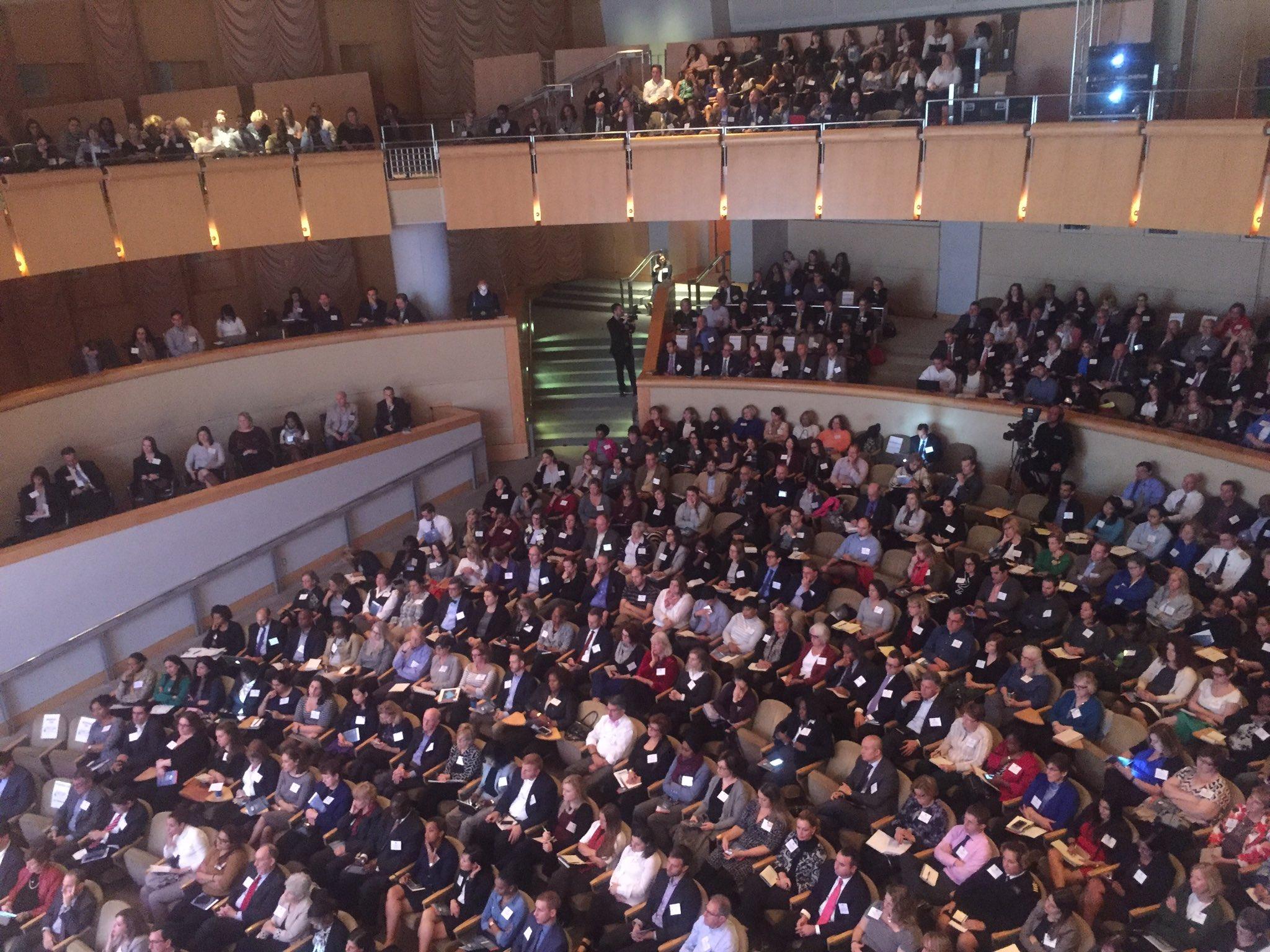 Full house at #QT2016 https://t.co/I8DcQYR1eY