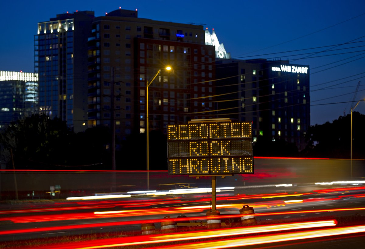 Prosecutors offer suspected I-35 rock-thrower 40-year sentence