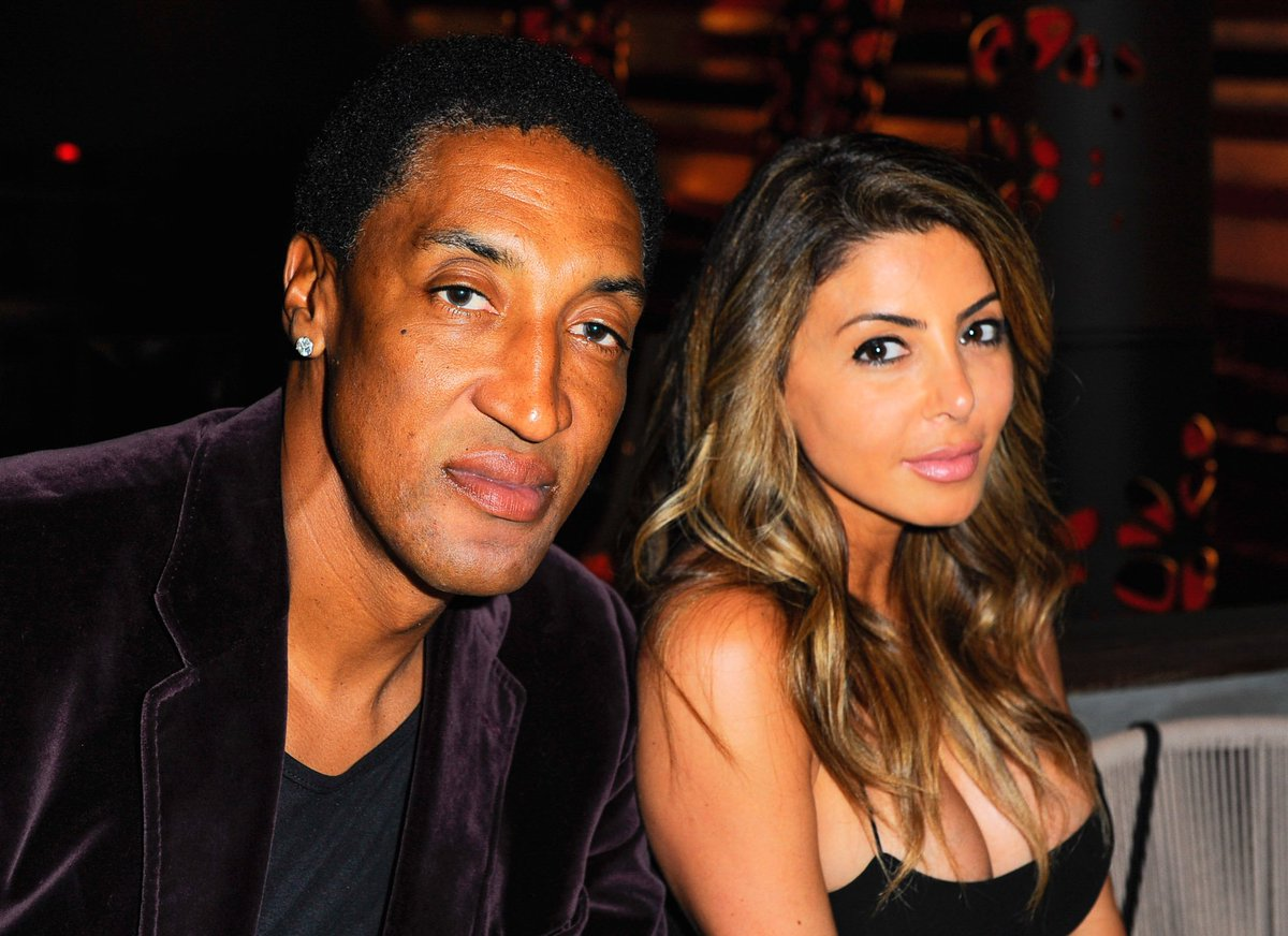 Scottie Pippen files for divorce after wife of 19 years sleeps with @1future   https://t.co/0GAlgM5wCH