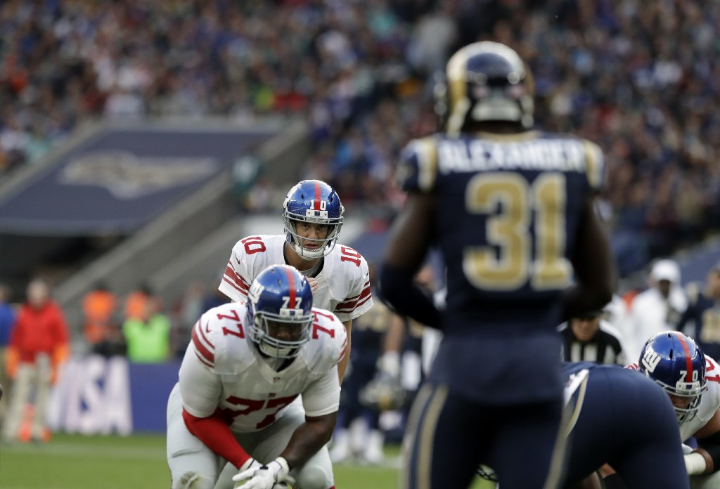 Eli Manning denies yelling 'Trump' to signal audible during game against Rams