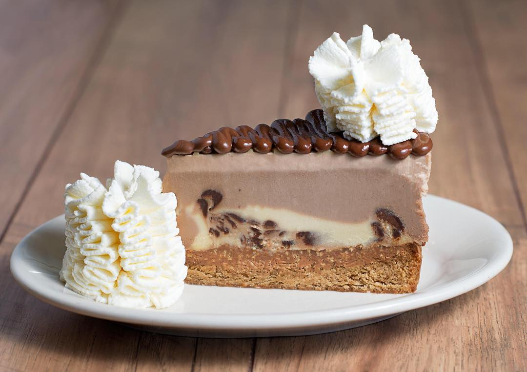 The very first Cheesecake Factory in NYC opens tomorrow: @Cheesecake