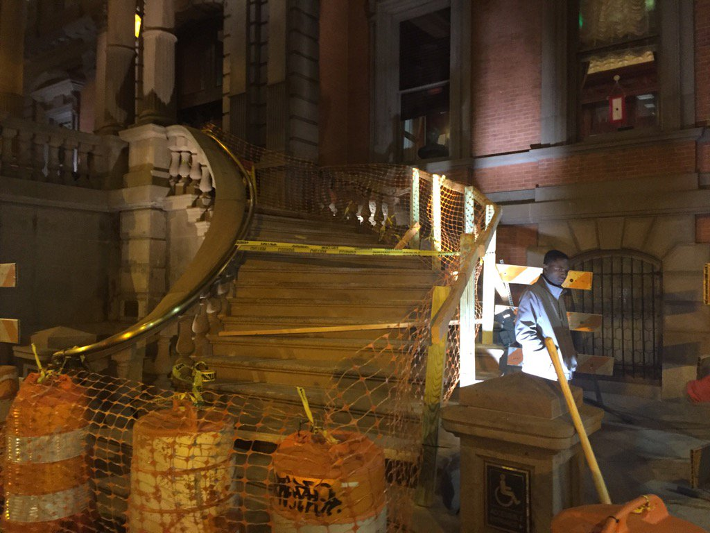 @FOX29philly Source says damage could top $100,000 at Union League iconic stairway. Temporary repairs donefox29