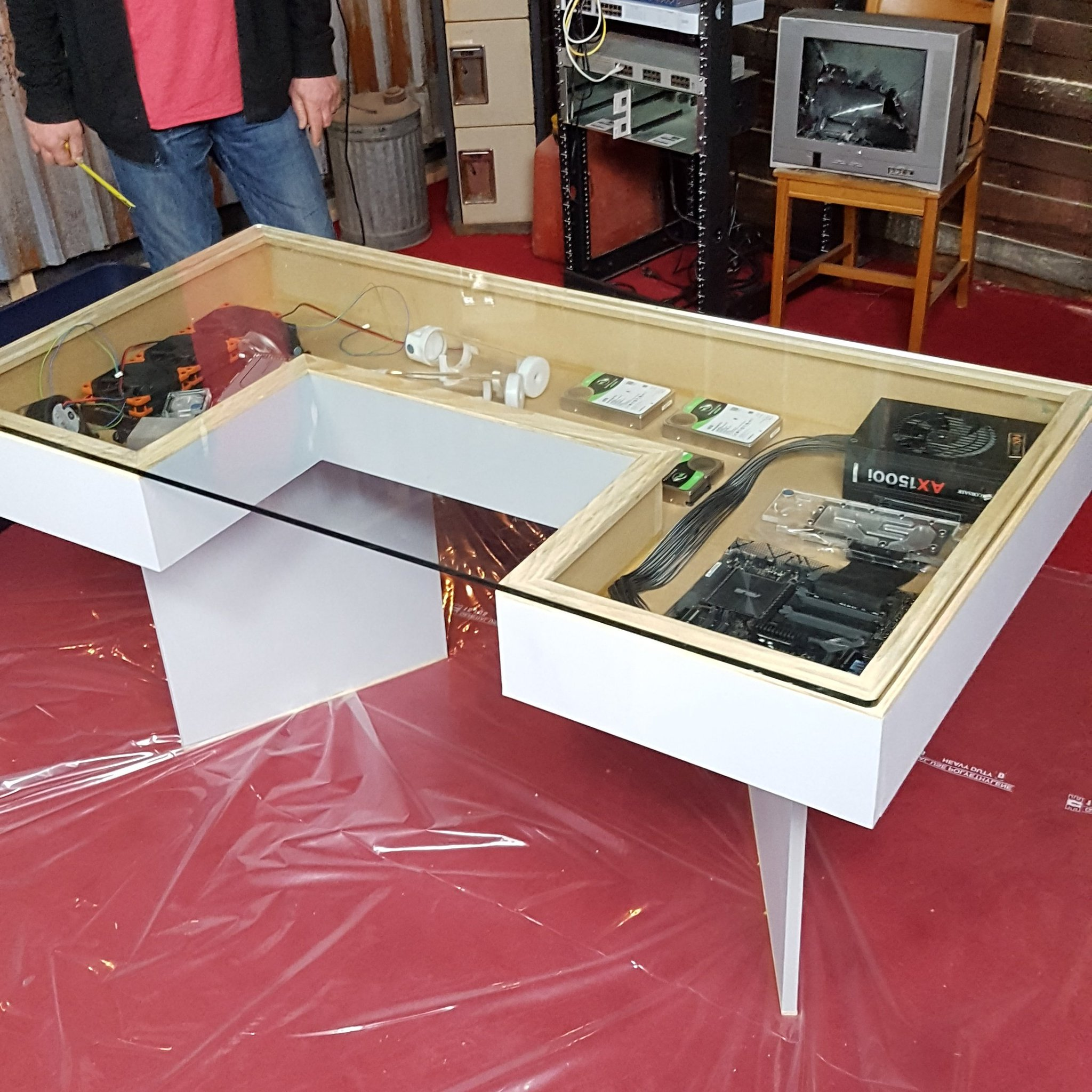 """Do It Yourself Home Design: Linus Tech Tips On Twitter: """"Finally Working On DIY Desk"""