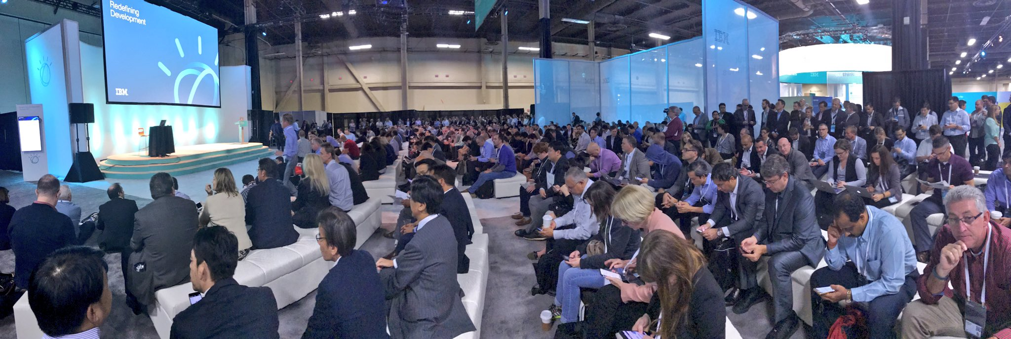 Packed house for @IBM CDO @rwlord presentation on Developing for a cognitive era!  #IBMwow #WatsonMarketing #cognitivecomputing https://t.co/Dvdp8q0ITO