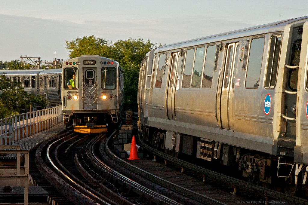 It's a Chicago miracle! CTA fares won't be getting any more expensive in 2017